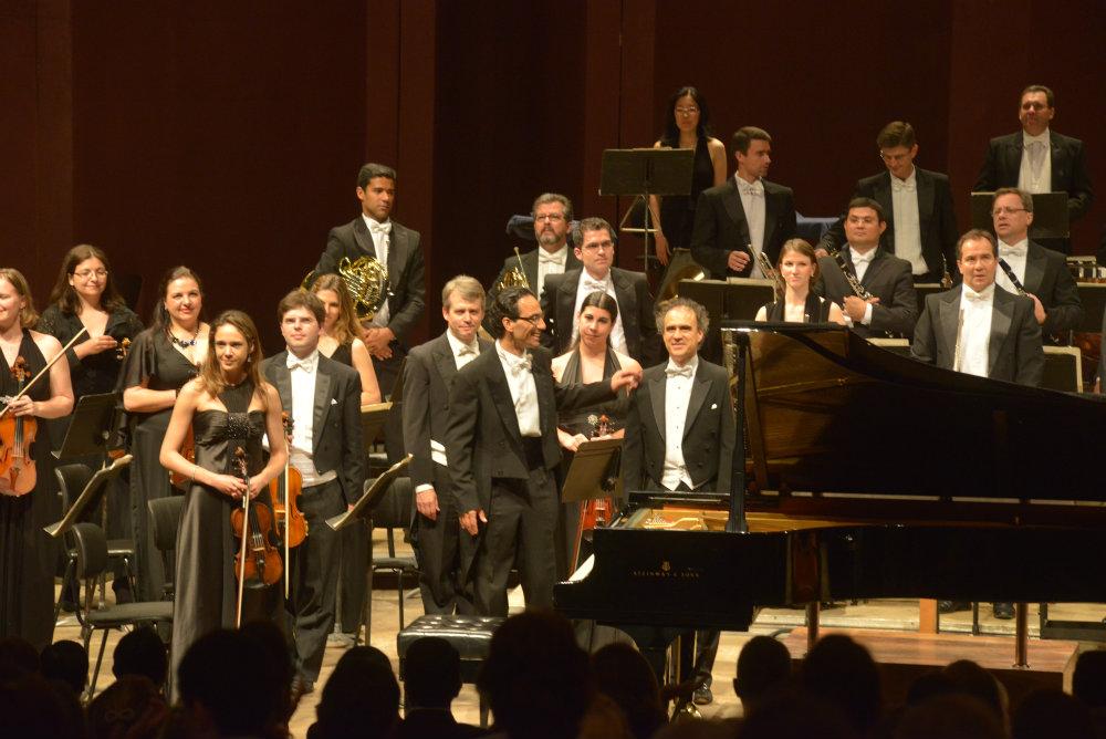 Liszt_Concertos_Guairao_-_2
