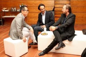 Da esquerda para a direita: Bruno Assami (diretor-executivo da Unibes Cultural), Alvaro Siviero e Roberto Prosseda